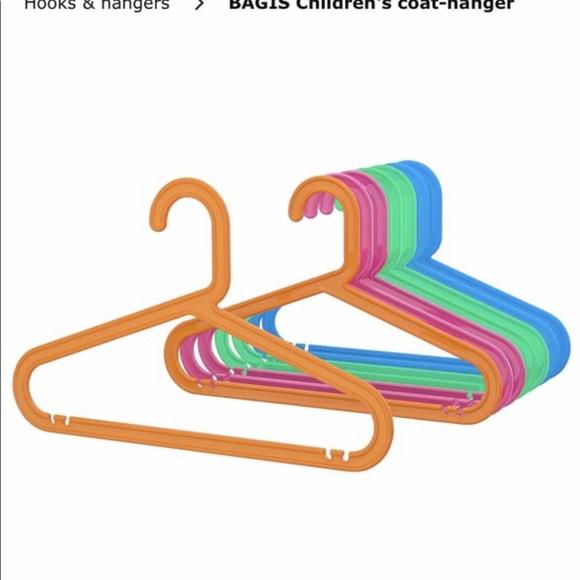 COPY - 10 Kids hangers